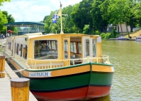 Erie Canal tour boat
